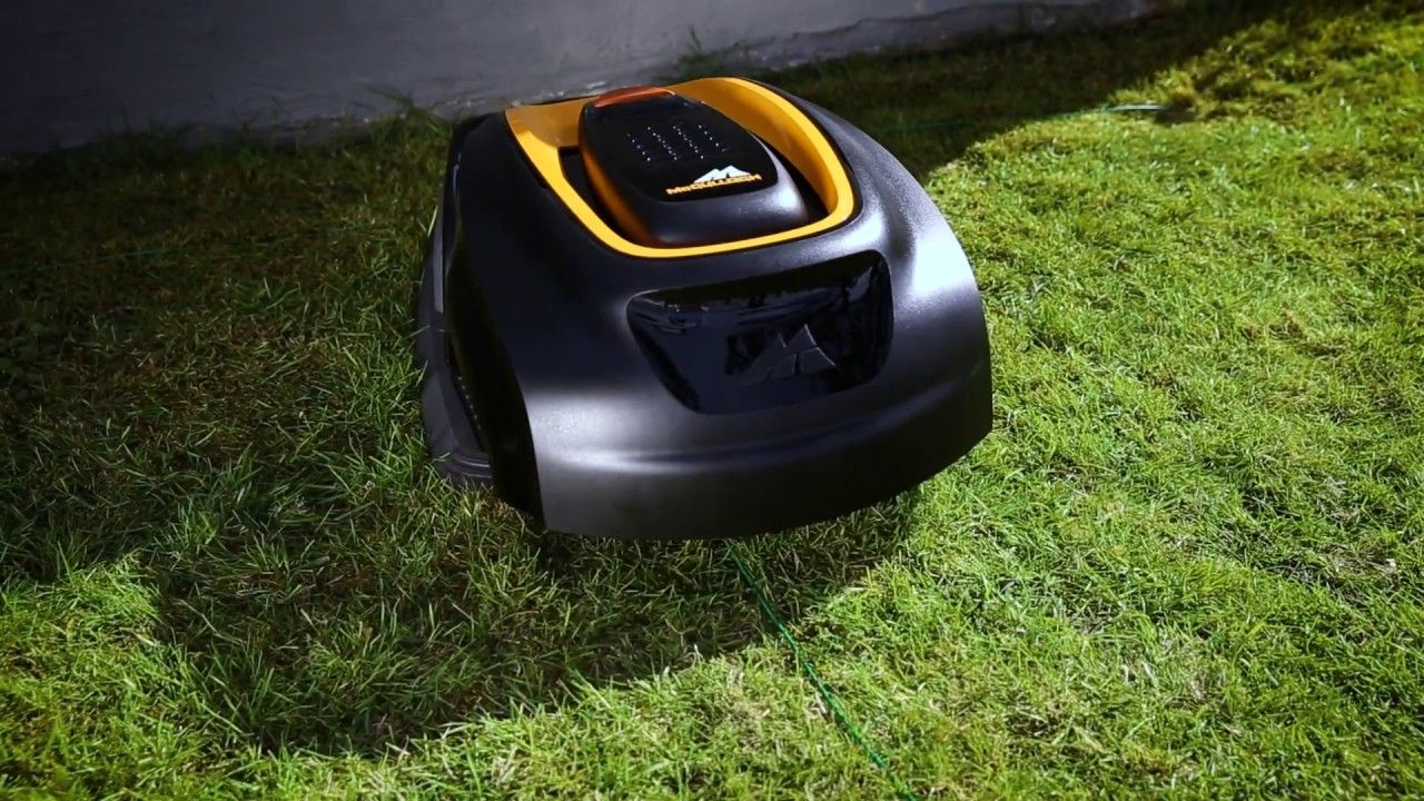 McCulloch R1000 review - Robotic Lawn Mower - Any good?