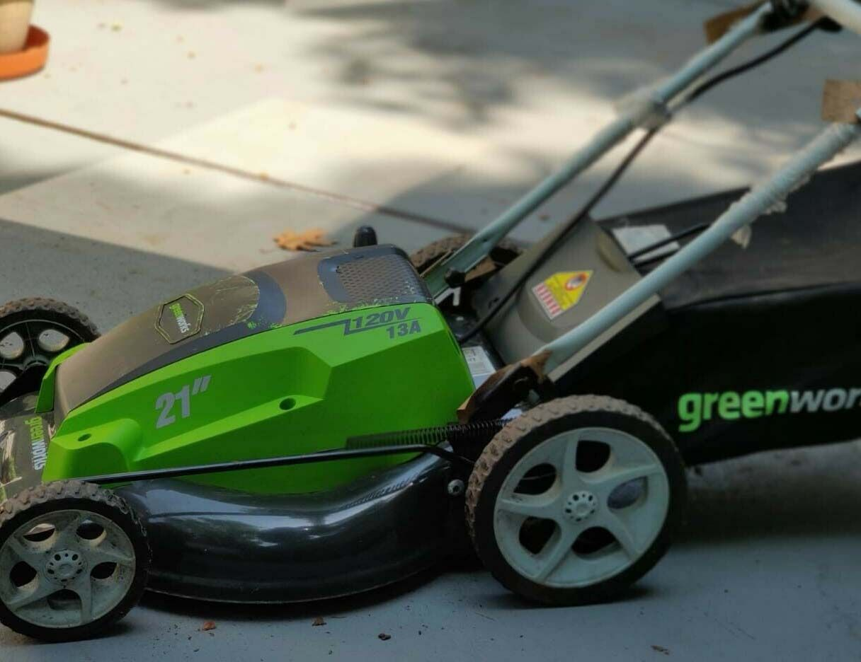Greenworks 25112 Review - Is it worth the money?