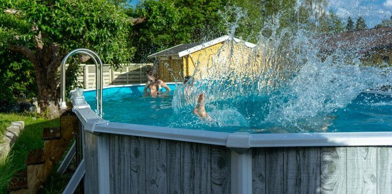 Best Above Ground Pools for Families in 2020 (Buying guide & Reviews)